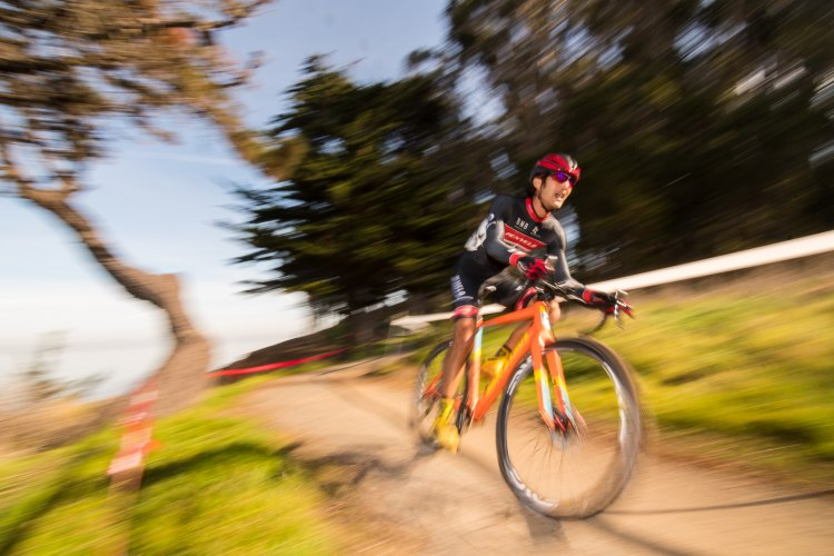 Bryan Cheung looking fast in the 35+ Mens A race - 2016 Cyclocross at Coyote Point. © Jeff Vander Stucken / Cyclocross Magazine