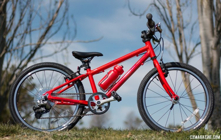"The Isla Bikes Beinn 20"" comes in two sizes, three colors, and is the lightest kid's geared bike we've seen. © Cyclocross Magazine"