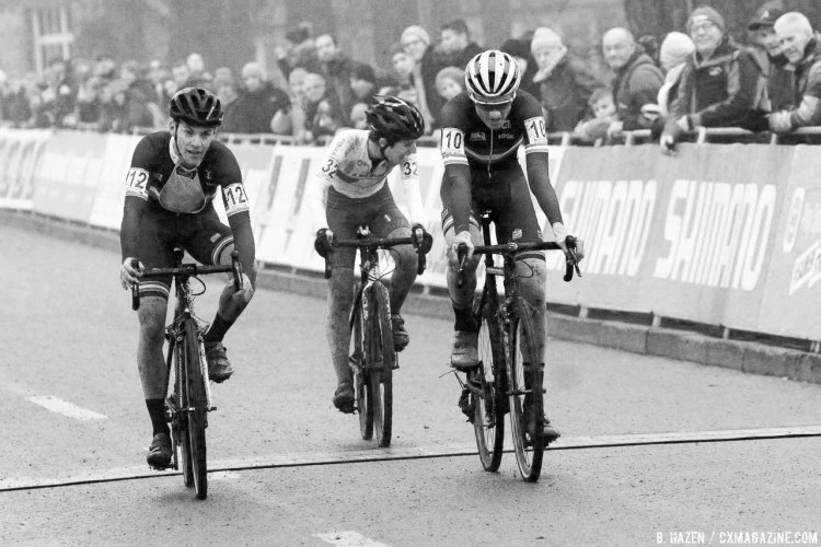 The three-way battle for second was good one, with the two Frenchmen beating Fontana to the line. 2016 UCI Cyclocross World Cup Junior Men. © B. Hazen / Cyclocross Magazine