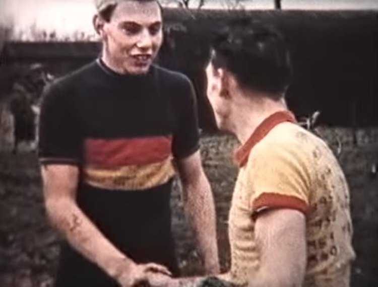 The top two at the 1960 Tyneside Vagabonds cyclocross race. The guy in Belgian colors got second. Was it a gift?