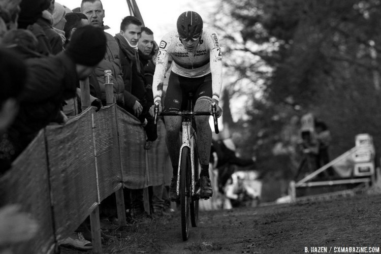 Thijs Aerts had a fast start but faded, losing a podium position. 2016 Heusden-Zolder Cyclocross World Cup. Elite Men. © B. Hazen / Cyclocross Magazine