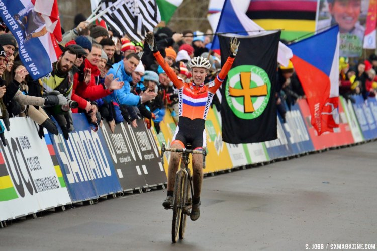 Annemarie Worst wins U23 Women, 2017 UCI Cyclocross World Championships, Bieles, Luxembourg. © C. Jobb / Cyclocross Magazine