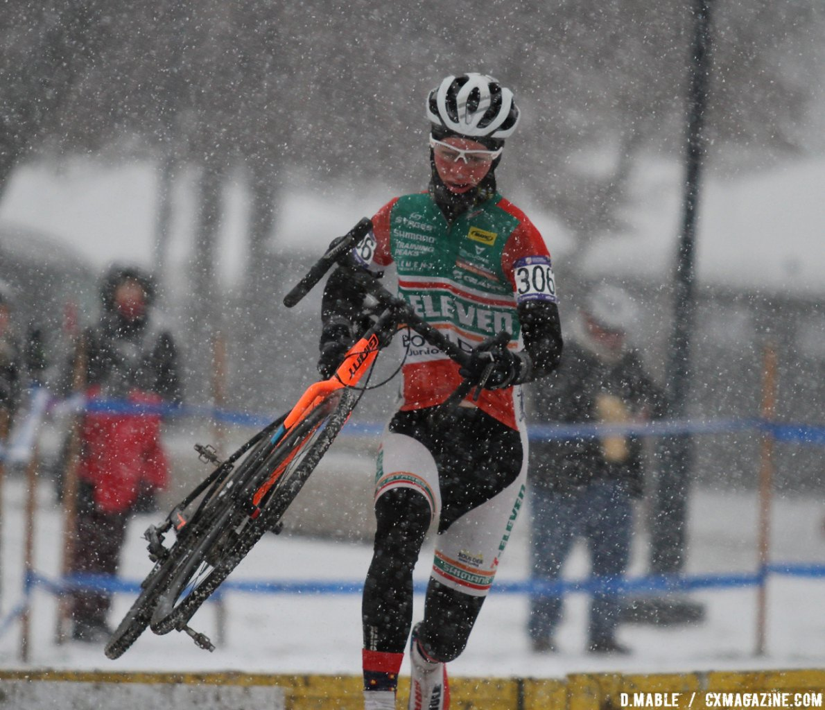 Torin Bickmore (Boulder Junior Cycling) clears the barriers one last time. © D. Mable / Cyclocross Magazine