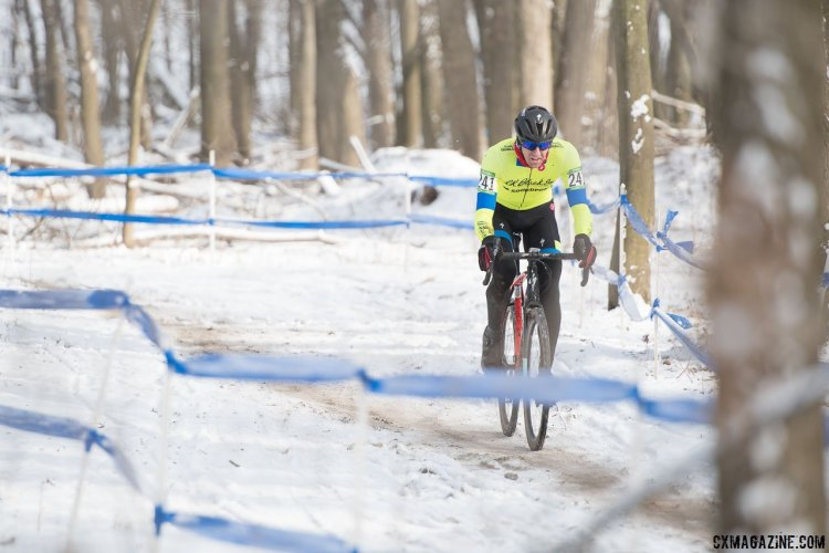 Chris Drummond (SPCX p/b R.K. BLACK) in his day-glo yellow. 2017 Cyclocross National Championships, Masters Men 35-39. © A. Yee / Cyclocross Magazine