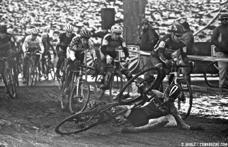A crash at the start created some added excitement. 2017 Cyclocross National Championships, Masters Men 40-44. © D. Mable / Cyclocross Magazine