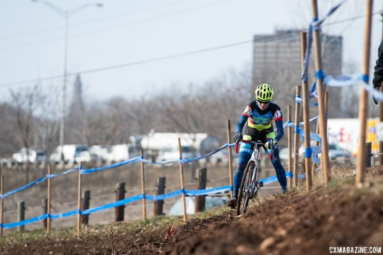 Chance tripods her way to the title. 2017 Cyclocross National Championships, Masters Women 55-59. © A. Yee / Cyclocross Magazine