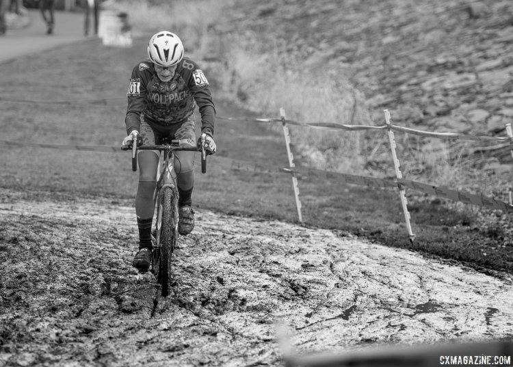 Fred Schmid, 84 years young, 2017 Cyclocross National Championships, Masters Men 70+. © A. Yee / Cyclocross Magazine