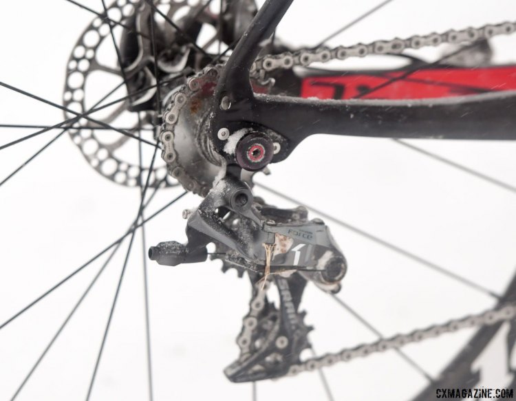 For the second singlespeed title in a row, a SRAM Force 1 derailleur was used as a tensioner to convert a bike used in a geared race. 2017 Cyclocross National Championships, Singlespeed Men. © A. Yee / Cyclocross Magazine