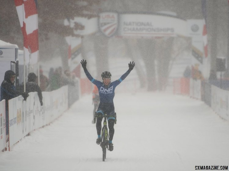 Melinda McCutcheon wins a thriller. 2017 Cyclocross National Championships, Singlespeed Women. © A. Yee / Cyclocross Magazine