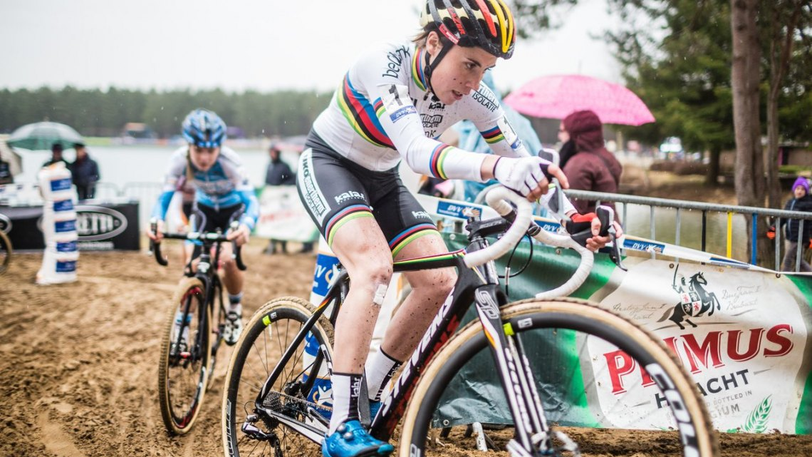 Sanne Cant leads Laura Verdonschot with Maud Kaptheijns hiding out back. 2017 Krawatencross, Lille. © M. Hilger / Cyclocross Magazine