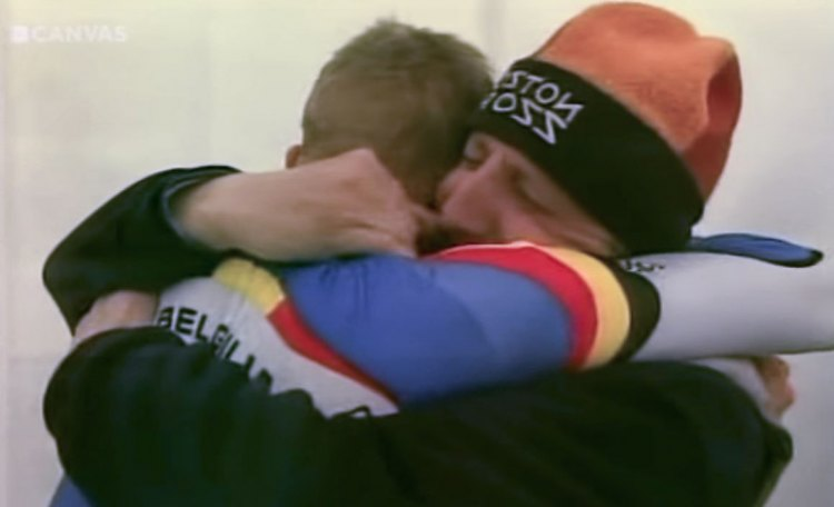 Bart Wellens celebrates his 2003 World Championship with his dad (in a Boston Cross hat).