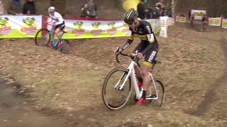 Katie Comtpon and Ellen van Loy tackle the 2017 Soudal Classics Leuven course.