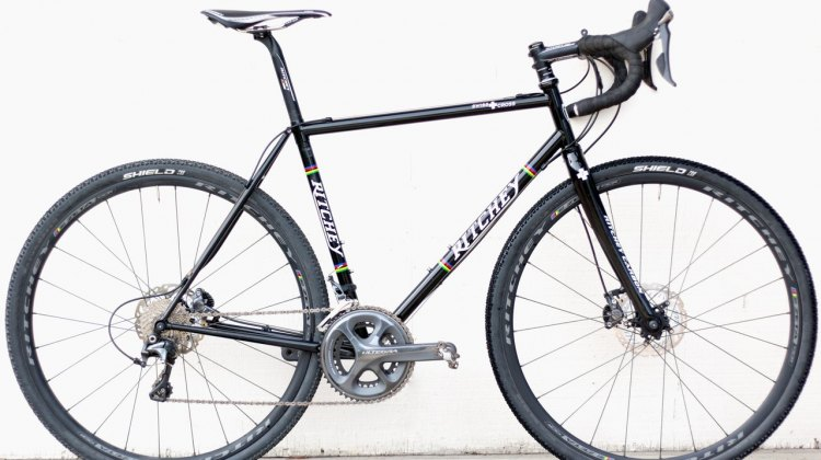 The Ritchey Swiss Cross has classic lines with the simple, thin tubes that only steel can provide. © Cyclocross Magazine