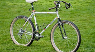 1991 Salsa Alacarte drop bar mountain bike with the iconic Jelly Bean paint job. © Eric Rumpf