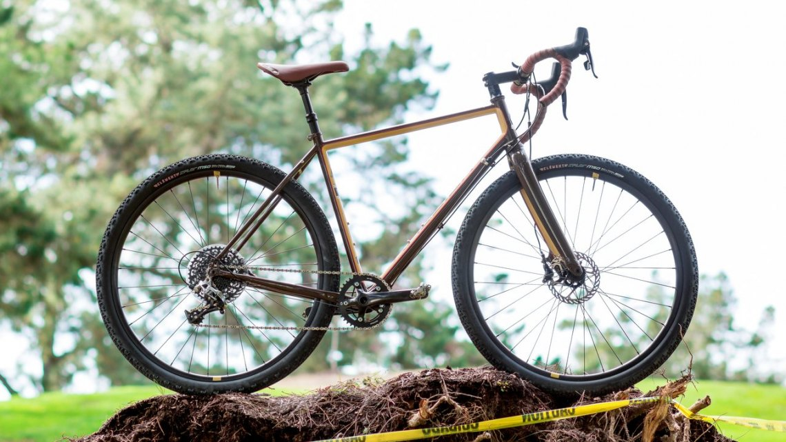 With a name like Stuntman, your rides can be in or outside of caution tape. 2017 Raleigh Stuntman. © Cyclocross Magazine