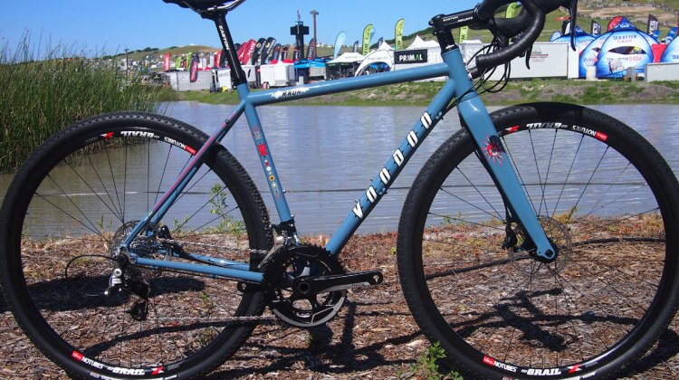 The all new Rada from VooDoo Cycles pairs a Reynolds 853 steel frame with a carbon fork and runs hydraulic disc brakes with room for 40c tires. 2017 Sea Otter Classic. © G. Kato / Cyclocross Magazine