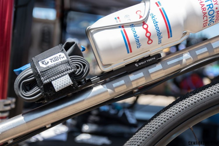 The Wolf Tooth B-Rad competes with similar products from Specialized and Topeak to extends the useful real estate of your frame's bottle cage mounts. 2017 Sea Otter Classic. © C. Lee / Cyclocross Magazine