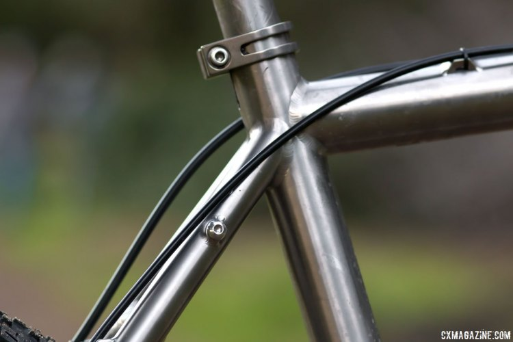 The Dean Antero is made overseas from straight guage tubing, but the welds look as nice as any domestic frame. © Cyclocross Magazine