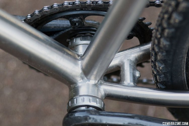 Dean opts for a standard threaded BSA bottom bracket shell and chainstay bridge with fender mount for its Antero titanium cyclocross bike. © Cyclocross Magazine