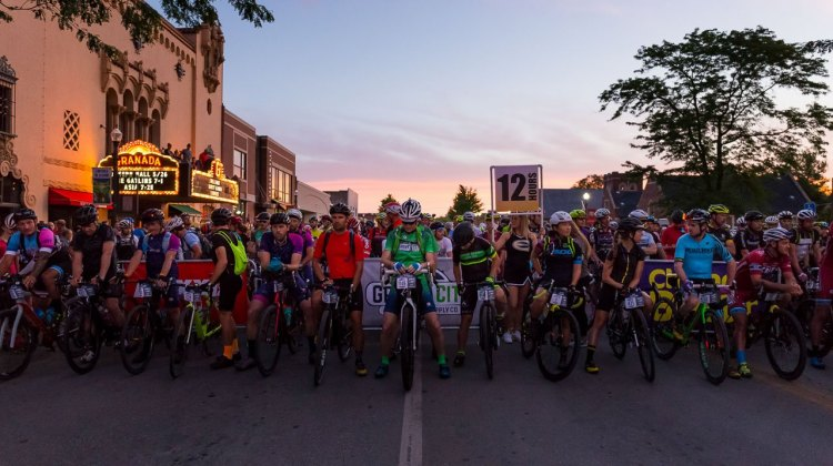 The start line of the 2017 Dirty Kanza 200 gravel race. © Christopher Nichols
