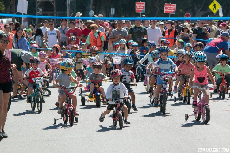 One of the youngest waves takes off. Ryan Phua Memorial Kid's Ride at the Burlingame Criterium. © Cyclocross Magazine