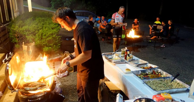 The 2017 Nomad Adventure Ride feeds attendees with fresh trails and an evening feast. © Rob Vandermark