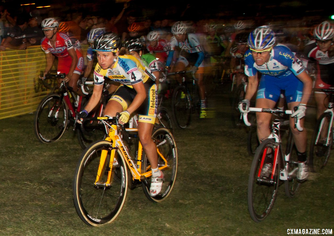 Amy Dombroski, 2013 CrossVegas. © Cyclocross Magazine