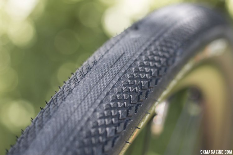 The Hutchinson Overide tubeless gravel tire provides more bite and cornering confidence on loose surfaces than a Maxxis Refuse or WTB Horizon. © Cyclocross Magazine