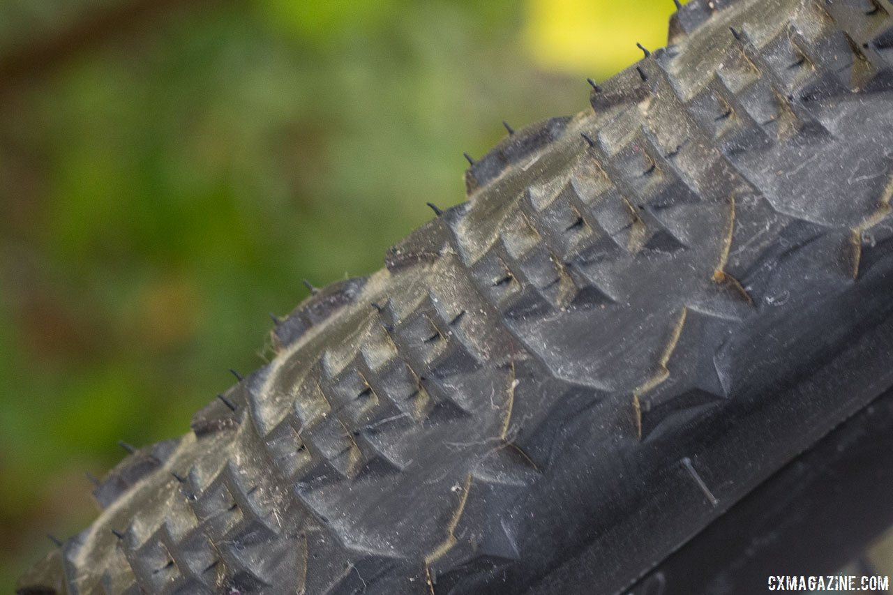 Ritchey's new WCS version of the 40mm Speedmax semi-slick cyclocross/gravel tire retains the same grippy tread and tall side knobs, but now is tubeless ready. © Cyclocross Magazine