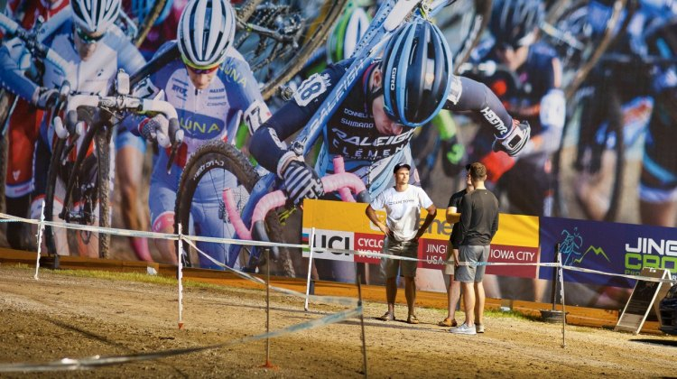 The racing is larger than life at the Jingle Cross cyclocross festival. © A. Yee / Cyclocross Magazine