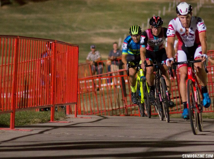 The race for second. 2017 CrossVegas Elite Men. © A. Yee / Cyclocross Magazine