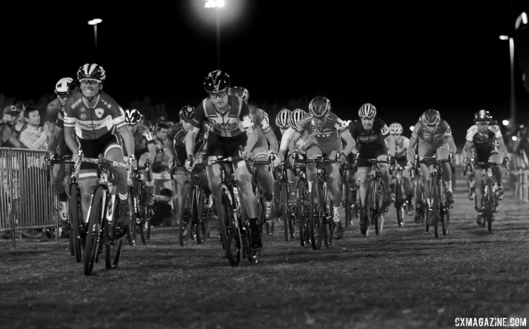 Caroline Mani (Van Dessel / Atom Wheels) leads Ellen Noble and the rest of the field for one final Vegas race for the holeshot. 2017 CrossVegas, Elite Women. © A. Yee / Cyclocross Magazine