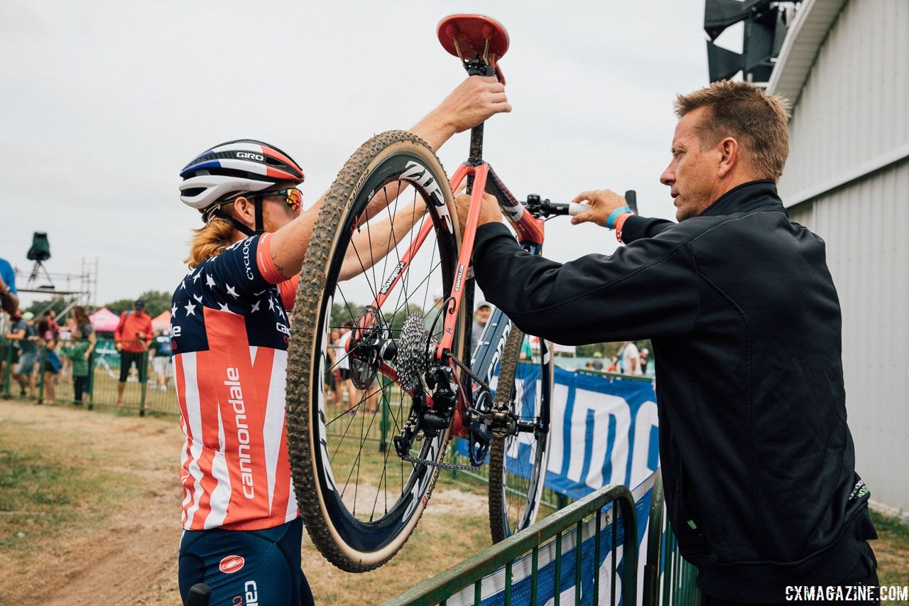 Stu Thorne and his team provide a lot of support for the program's riders. 2017 Jingle Cross World Cup. © J. Curtes / Cyclocross Magazine