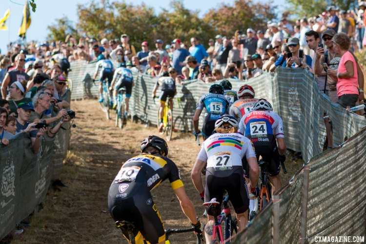 The men's field strung out quickly with each pass of Mt. Krumpit. 2017 Jingle Cross World Cup, Elite Men. © A. Yee / Cyclocross Magazine