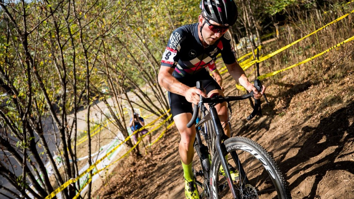 Tobin Ortenblad was an early animator. 2017 Trek CX Cup, Friday UCI C2. © J. Curtes / Cyclocross Magazine