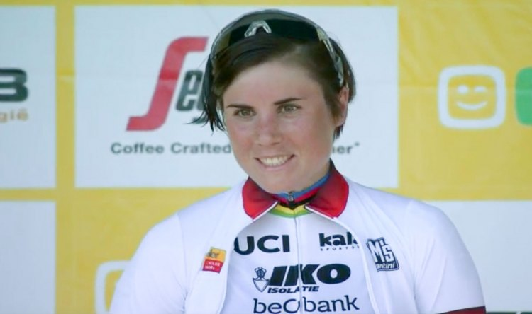 After a tough crash on Friday, Sanne Cant is all smiles after her World Cup Waterloo win on Sunday.