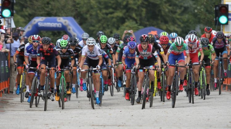 The women's 2017-18 UCI World Cup season kicks off at Jingle Cross in Iowa City. Photo by David Mable/Cyclcross Magazine.