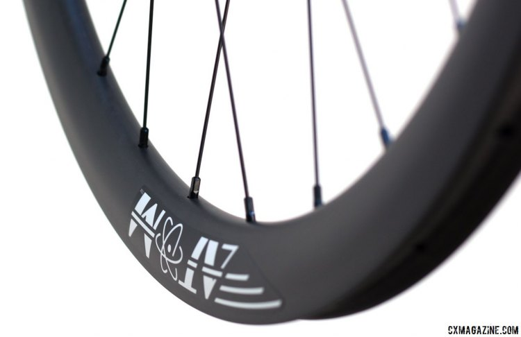 Atom Composites CR38 carbon tubular wheelset. © Cyclocross Magazine
