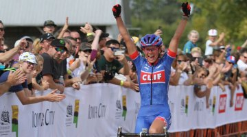 Katerina Nash celebrates her World Cup win at UCI Jingle Cross in Iowa City. Photo by David Mable/Cyclocross Magazine.