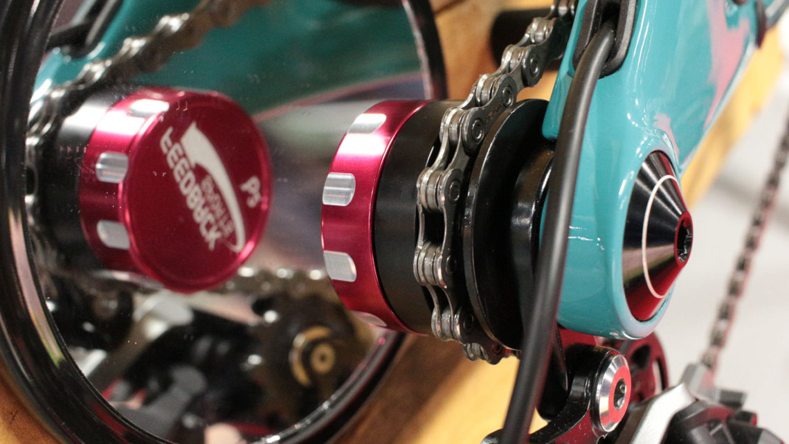 The Chain Keeper is a small tool that helps with chain cleaning and bike shipping. Feedback Sports' new Chain Keeper. Interbike 2017 © Cyclocross Magazine