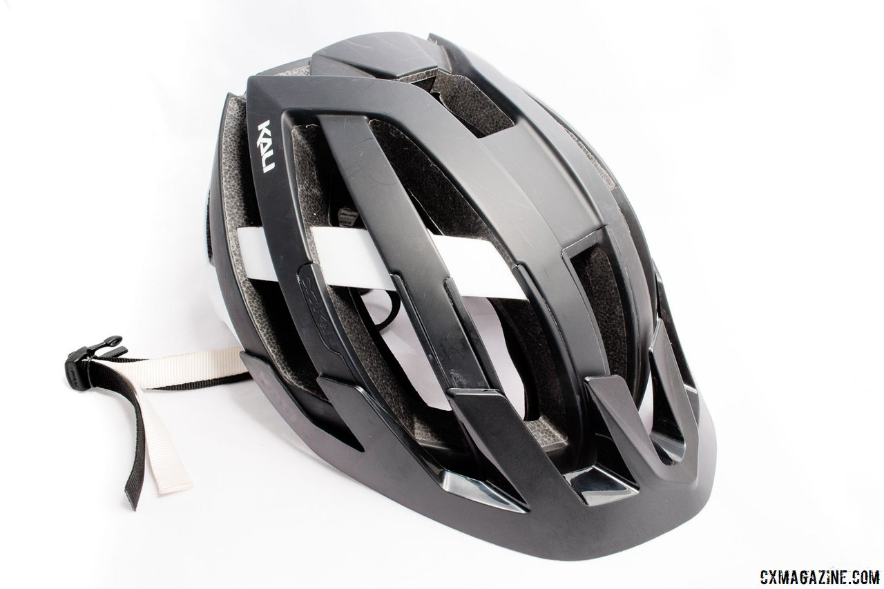 The $180 Kali Protectives Interceptor might be targeted at the enduro crowd, but the helmet features generous rear head protection and a removable visor if you don't want the enduro look. © Cyclocross Magazine