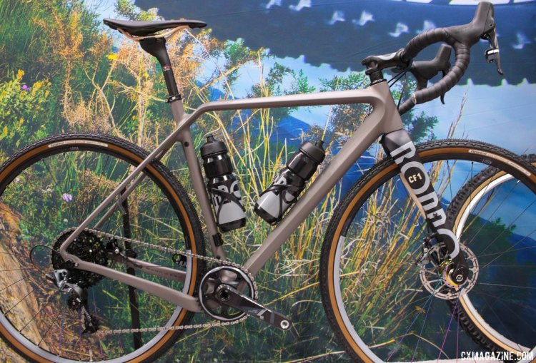 The Rondo Ruut CF1 carbon gravel bike looks part Open Cycles with the dropped driveside chainstay and part Canyon with the kinked top tube. Interbike 2017 © Cyclocross Magazine