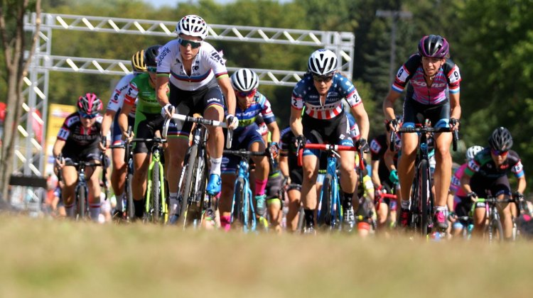 Sanne Cant, Katie Compton and Helen Wyman lead the race into the first corner of Friday's C2 Trek CX Cup. ©D. Mable / cxmagazine.com