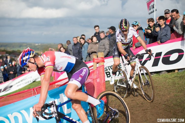 Van Aert and Van der Poel battled in the midpart of the race and at the end. 2017 Cyclocross DVV Verzekeringen Trofee #1 - GP Mario De Clercq © B. Hamvas / Cyclocross Magazine