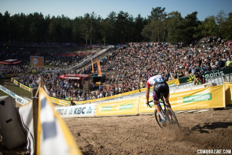 Matheiu van der Poel descend into De Kuil, en route to another victory. Wout van Aert took another second-place finish at Zonhoven. Maud Kaptheijns ran away to victory in Zonhoven. 2017 Superprestige Zonhoven. © B. Hamvas / Cyclocross Magazine
