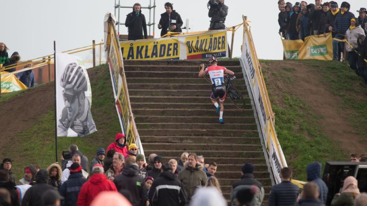 Mathieu van der Poel again ran away from the field at the 2017 Superprestige Ruddervoorde. © B. Hamvas / Cyclocross Magazine