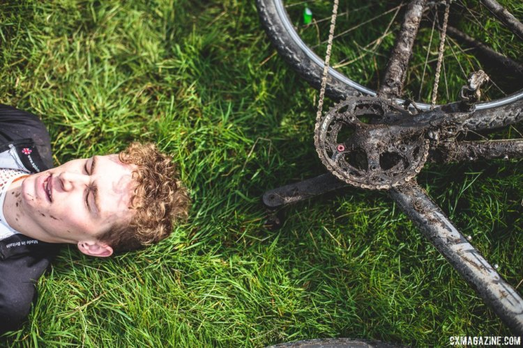 Both riders and bikes showed the effects of three-plus hours out on the course. 2017 Three Peaks Cyclocross. © D. Monaghan / Cyclocross Magazine