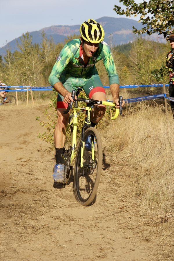 Giant Bicycles PNW Sales Rep Paul Lacava doing his second race in Men's Elites. How much gas is left in his tank? CX Crusade Cascade Locks. Photo M. Estes