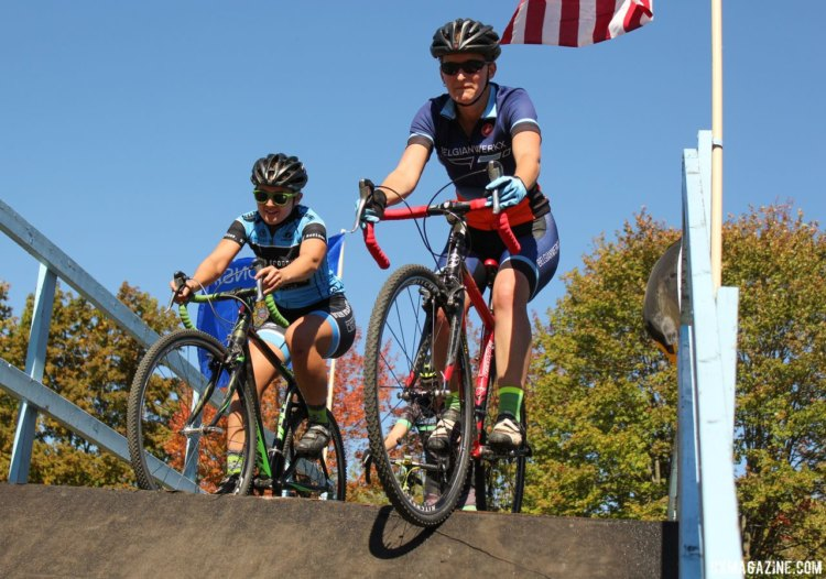Flyover Silver Creek featured, not surprisingly, a flyover. 2017 Flyover Silver Creek. © Z. Schuster / Cyclocross Magazine
