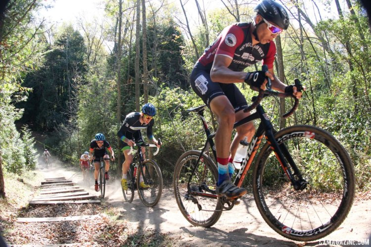 Cole House led the way early on. 2017 Flyover Silver Creek. © Z. Schuster / Cyclocross Magazine